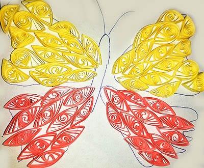 Крылья разных цветов