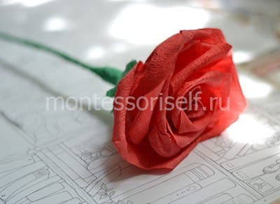 Rose from corrugated paper