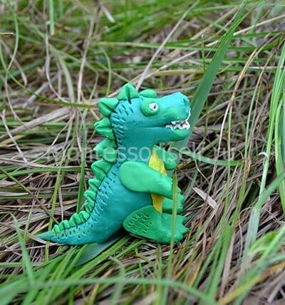 Динозавр из пластилина своими руками