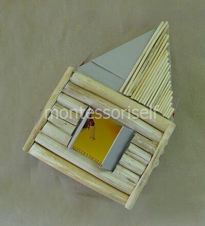 Выкладываем соломой крышу