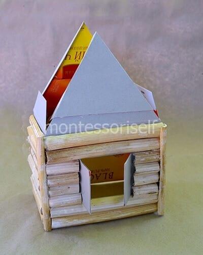 Приклеиваем детали крыши
