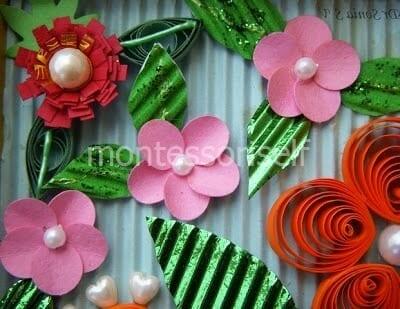Розовые цветы с бусинами