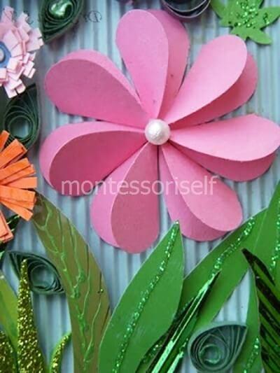 Цветок из сложенной бумаги