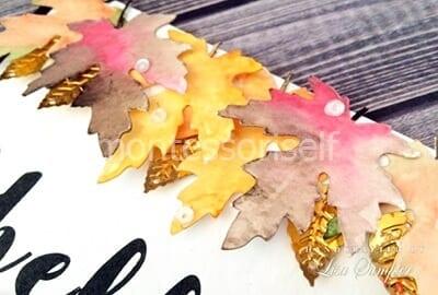 Украшаем листочками из фольги
