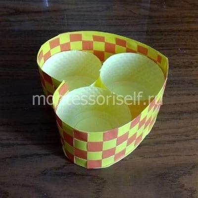 10 Пасхальная корзинка с зайцами своими руками