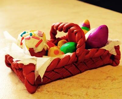 pk1 Пасхальная корзинка с зайцами своими руками