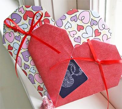 Сердечко из бумаги в подарок