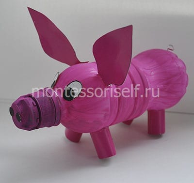 Свинья (поросенок) из пластиковой бутылки