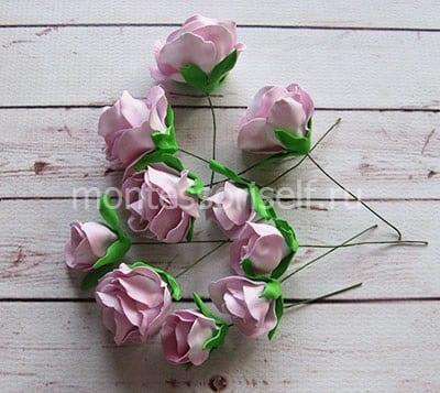 Чашелистики на всех цветочках