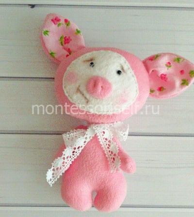 Свинка из ткани