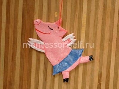 Свинья из соленого теста