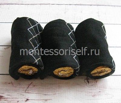 Носки с конфетами внутри