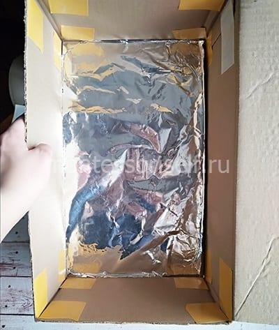 Обклеиваем коробку фольгой