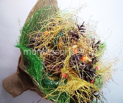 Осенний букет из шишек 1
