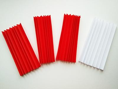 3 красных и 1 белая гармошка