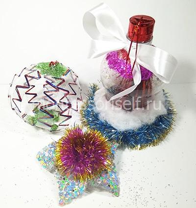 Шарик, звездочка и колокольчик из пластиковых бутылок