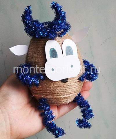 Бычок из джута - новогодний сувенир