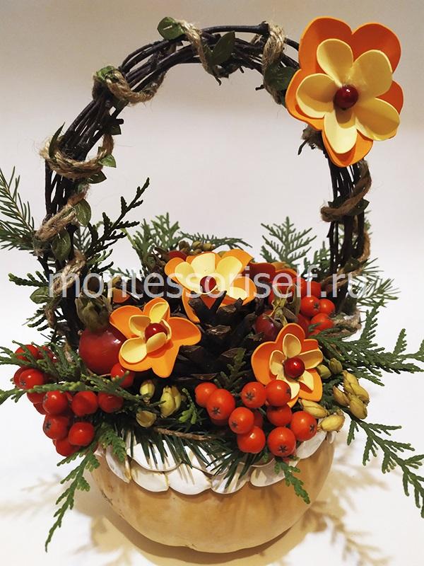 Вставляем цветочки и шиповник